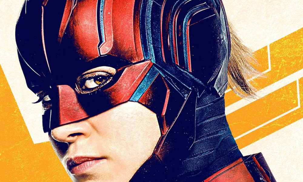 Captain Marvel posters elmetto